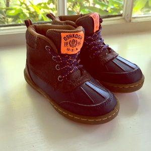 Oshkosh Toddler Boots Size 9
